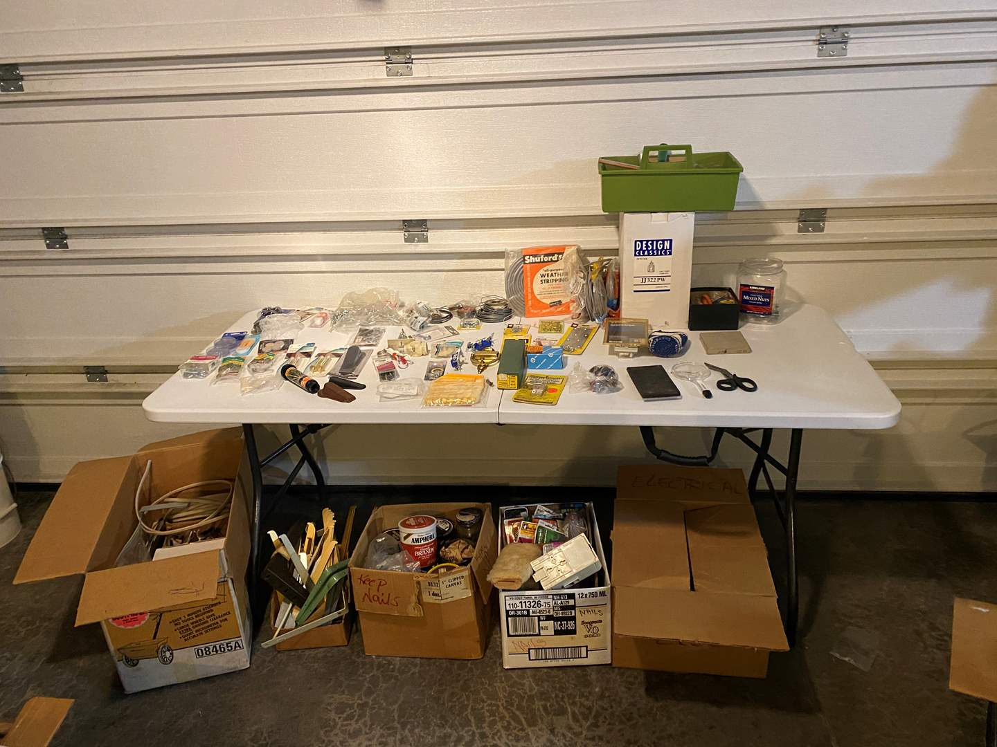 Lot # 319 - Selection of Hardware Items & Tools - See Pictures for Details (main image)