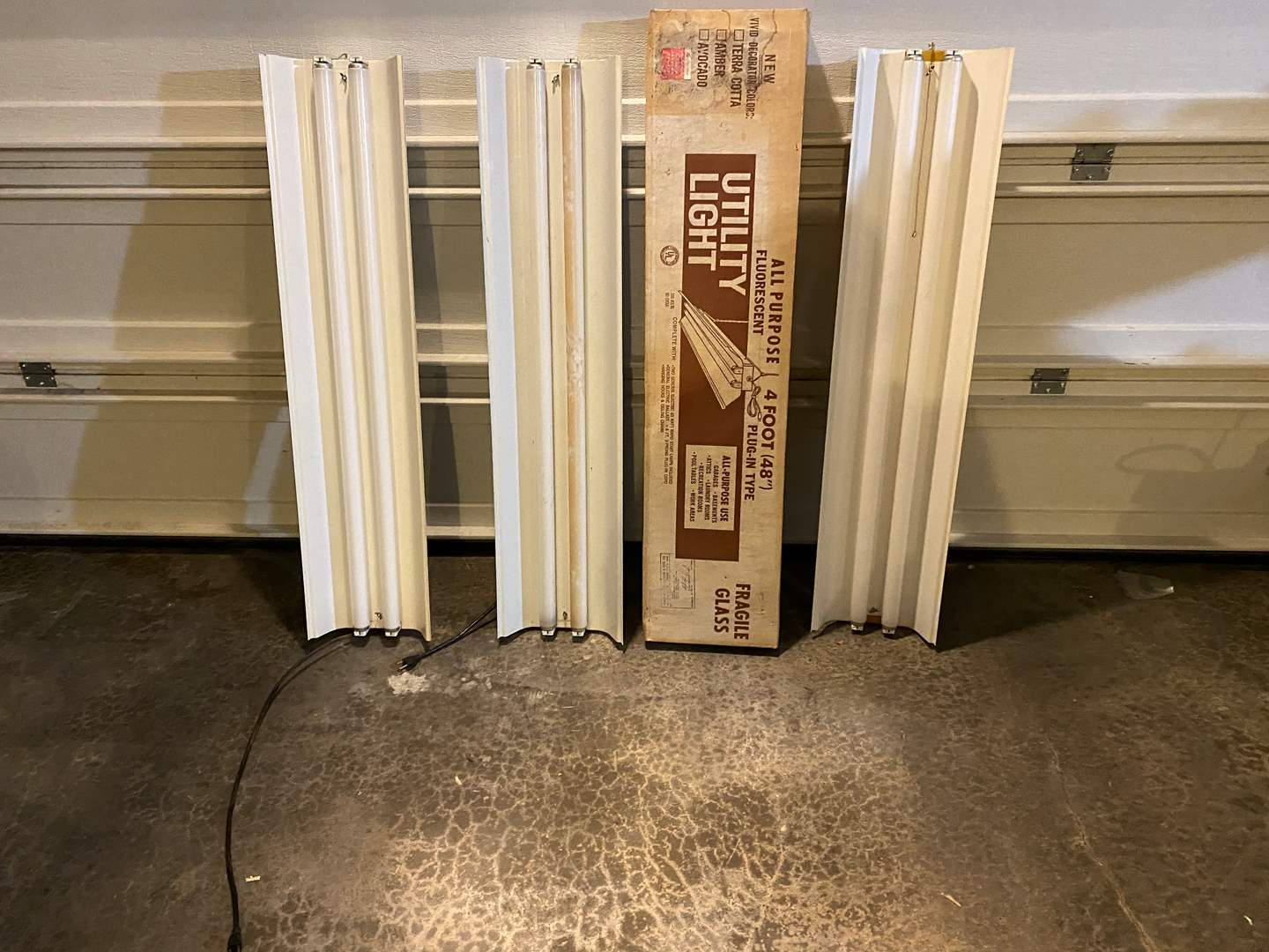 Lot # 357 - Four Fluorescent Shop Light Fixtures - 4' Long - One New in Box (main image)