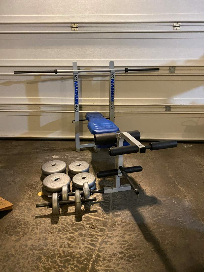 Lot # 358 - Magnum 450 Weight Bench w/Weights (main image)