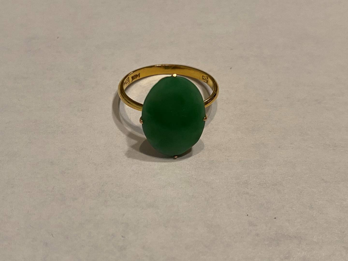 Lot # 273 - 14k Gold & Jade Ring - (Stamped & Tested - 2.03 grams) (main image)