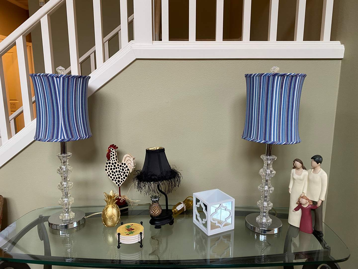 Lot # 15 - Table Lamps & Home Decor (main image)