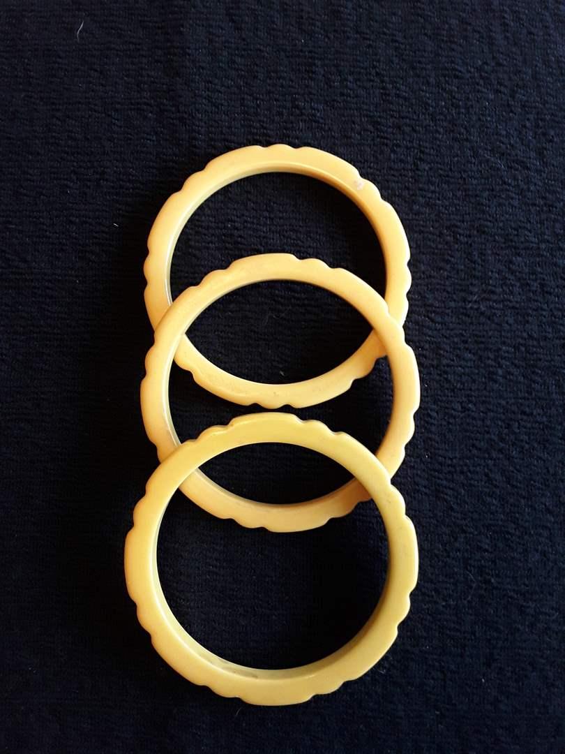 Lot # 63 - Lot of (3) Vintage Cream-Colored or Beige Bakelite Bracelets  (main image)