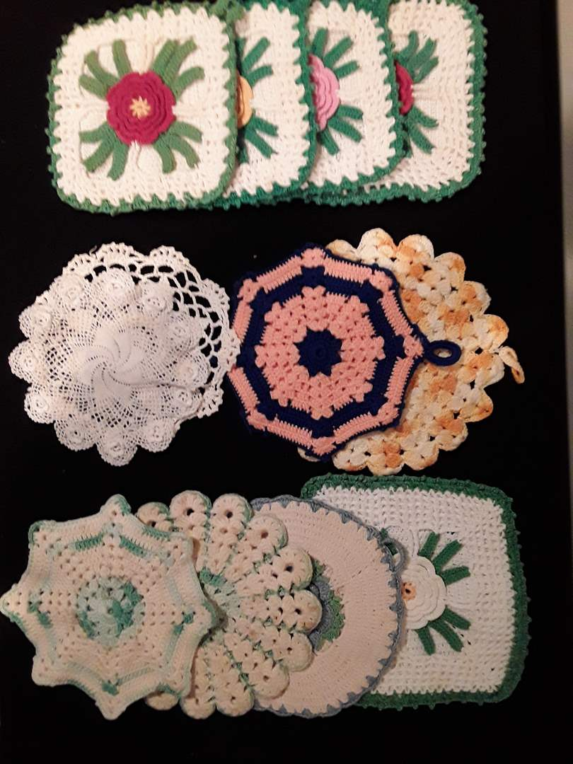 Lot # 105 - A Gorgeous Set of Twelve (12) Hand-Crocheted Patterned Potholders (main image)