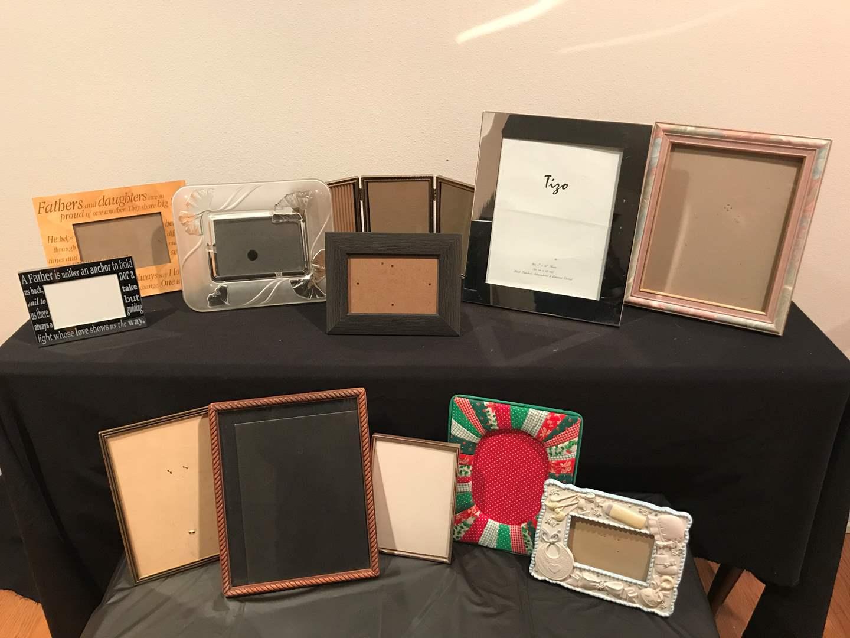 Lot # 55 - Assorted Lot of Twelve (12) Designer Picture Frames (main image)