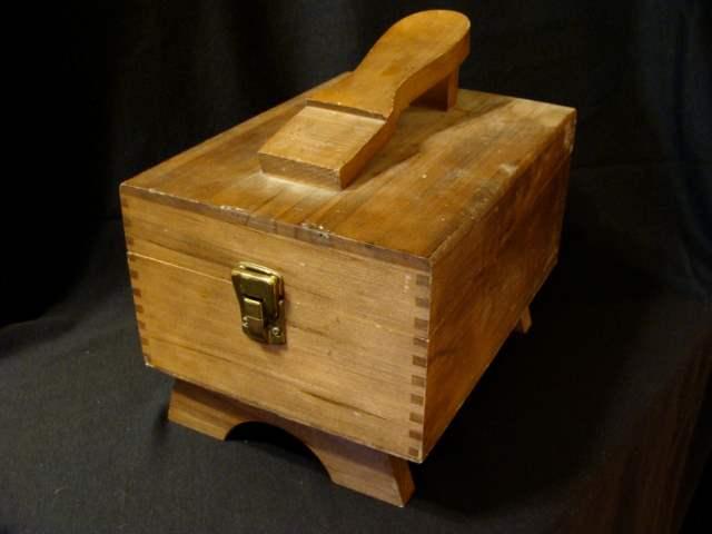 Lot # 85 - Vintage Wooden Locking Shoe Shine Box with 5 Brushes (main image)