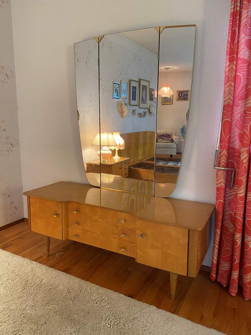 Lot # 3 - Awesome Mid-Century Vanity w/Tri-Fold Mirror (main image)
