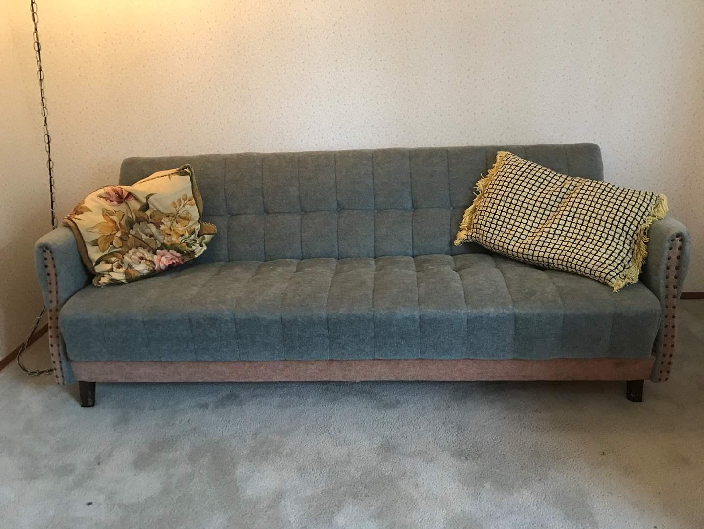 Lot # 116 - Vintage Futon Couch w/Pillows (main image)