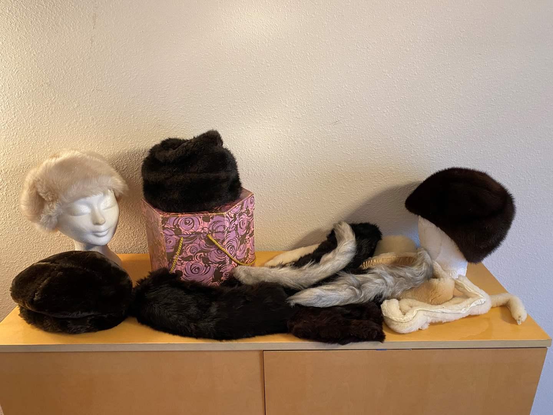 Lot # 37 - Vintage Fur & Faux Fur Hats, Collars & Cuffs (main image)
