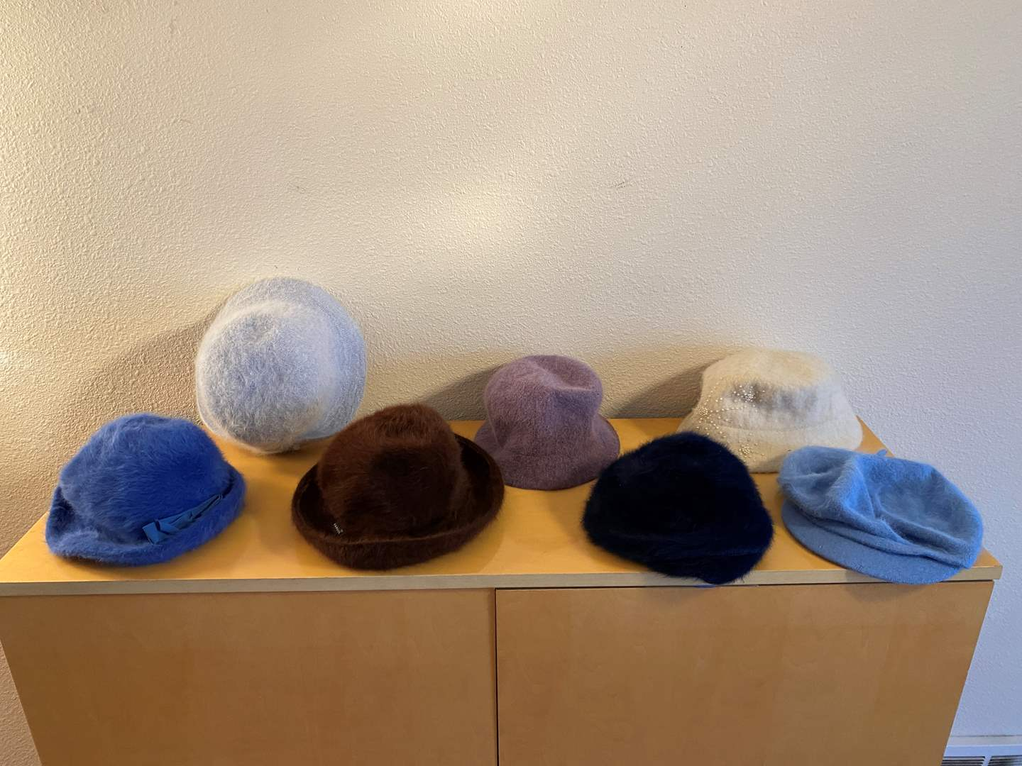 Lot # 38 - Six Vintage Women's Hats (main image)