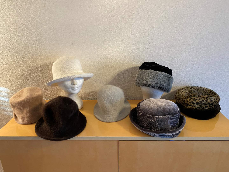 Lot # 40 - Eight Vintage Women's Hats (main image)