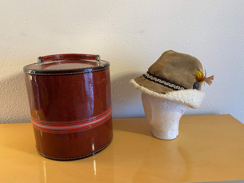 Lot # 42 - Vintage Genuine Suede Hat w/Case (main image)