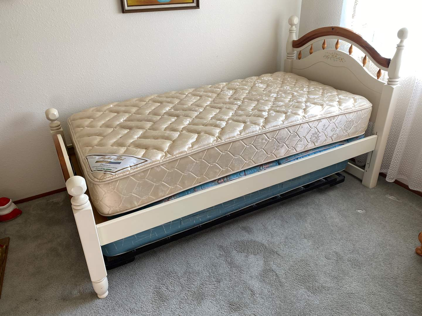 Lot # 151 - Twin Size Trundle Bed w/Mattresses  (main image)