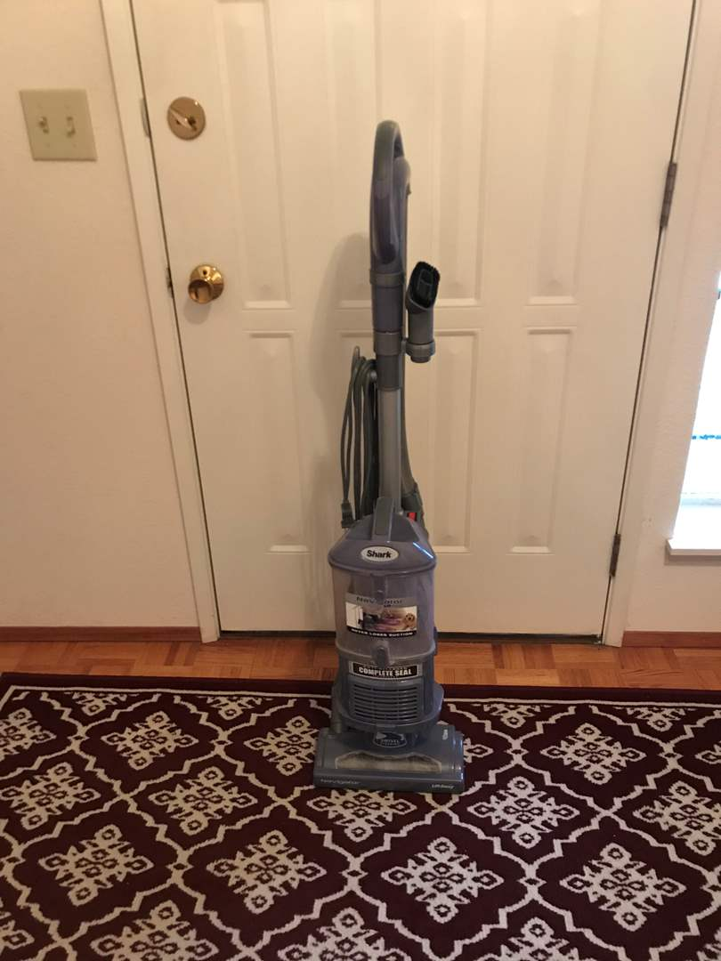 Lot # 262 - Shark Navigator Vacuum - Works Great (main image)