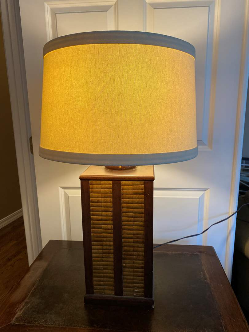 Lot # 28 - Wood Bamboo Style Table Lamp - Works (main image)