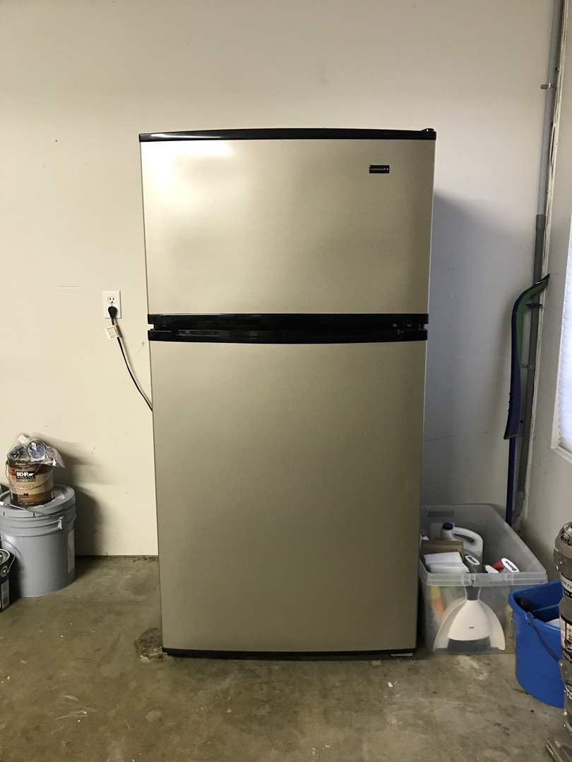 Lot # 37 - Nice Admiral Refrigerator  (main image)