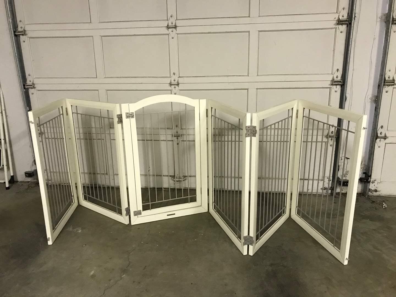 Lot # 44 - Nice Large Baby/Dog Gate  (main image)