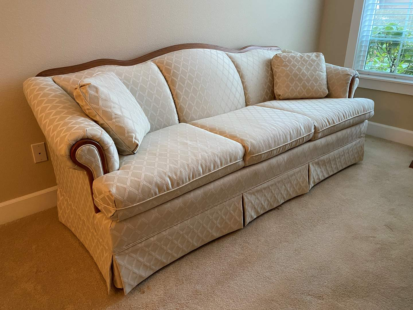 "Lot # 1 - Nice ""Broyhill"" Cream Colored Sofa (main image)"