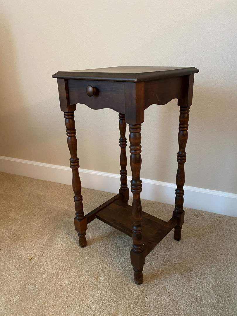 Lot # 5 - Cute Side Table  (main image)