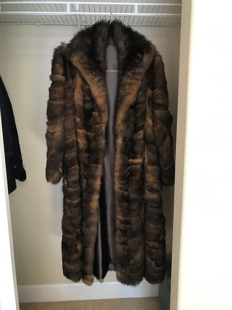 Lot # 112 - Beautiful Full Length Fur Coat - Possibly Mink (main image)