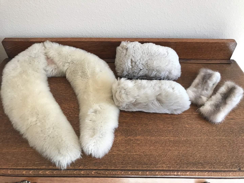 Lot # 109 - Fur Collar & 2 Sets of Fur Cuffs  (main image)