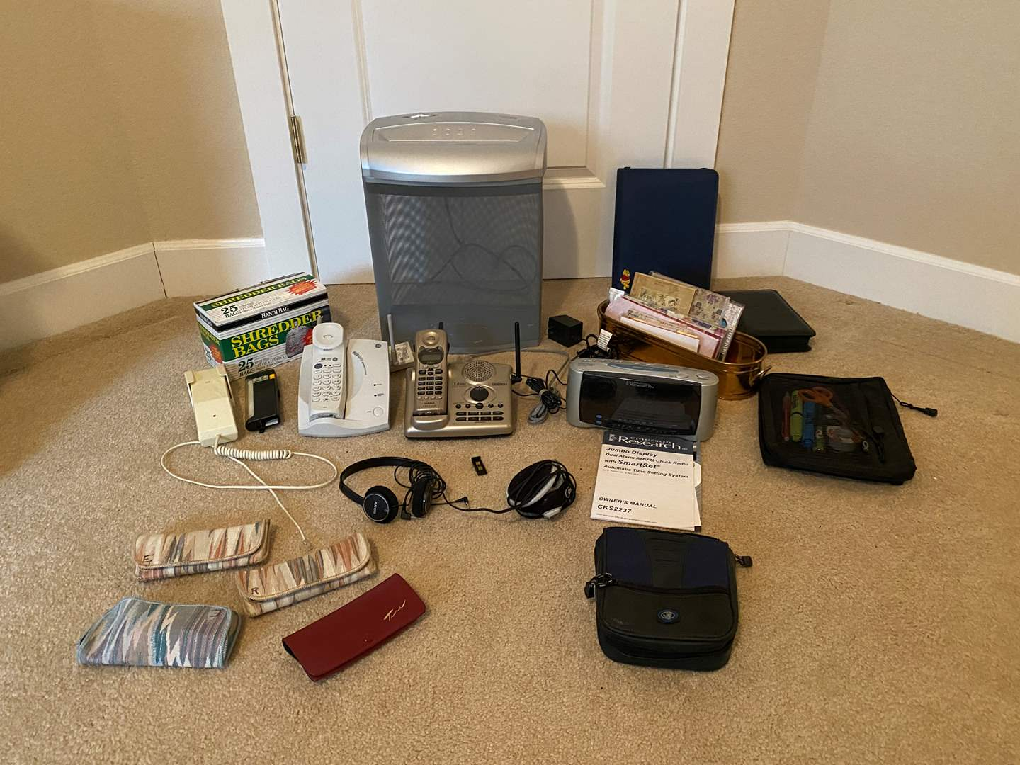 Lot # 122 - Office Supplies: Aurora Papers Shredder, Cordless Phones, Planners, Earphones, Glasses & More.. (main image)