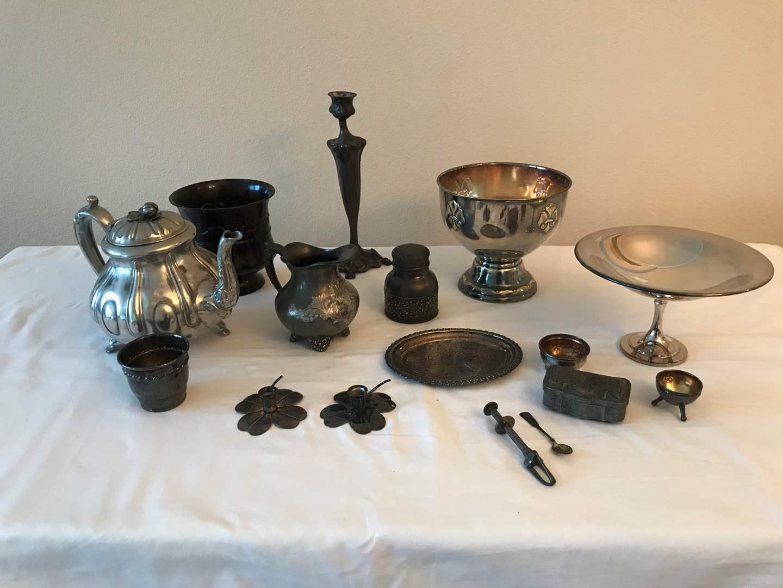 Lot # 132 - Silver Plated Items: Small Keepsake Box, Small Tray, Teapot, Bowls & More.. (main image)