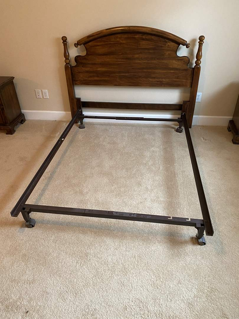 "Lot # 166 - Nice Vintage ""Kimball"" Pecan Wood Bed Frame  (main image)"