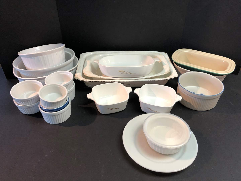 Lot # 61 - Very Nice Corning Ware Baking Dishes (main image)