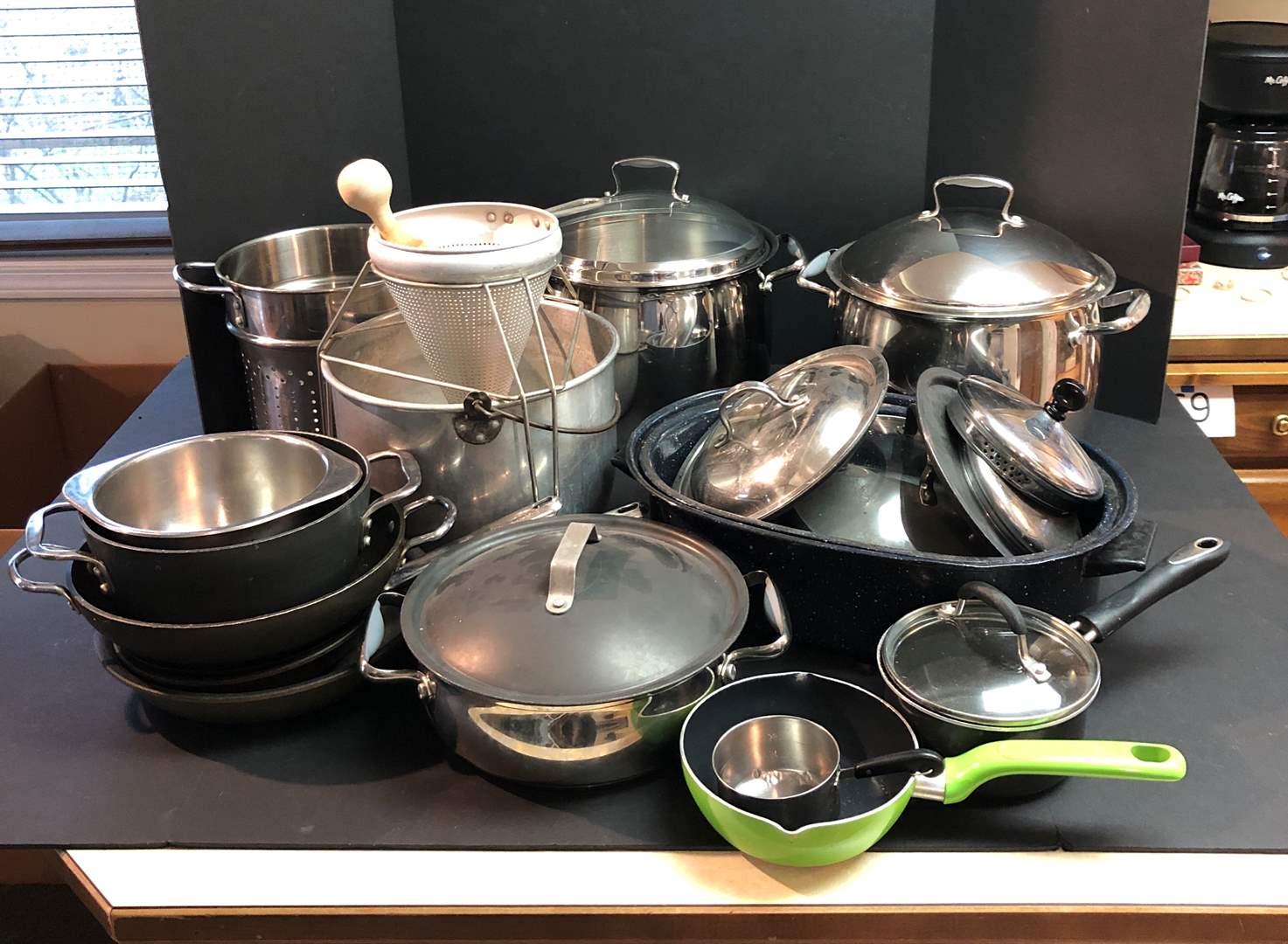Lot # 71 - Selection of Pots & Pans: Cuisinart, Belgique & More.. (main image)