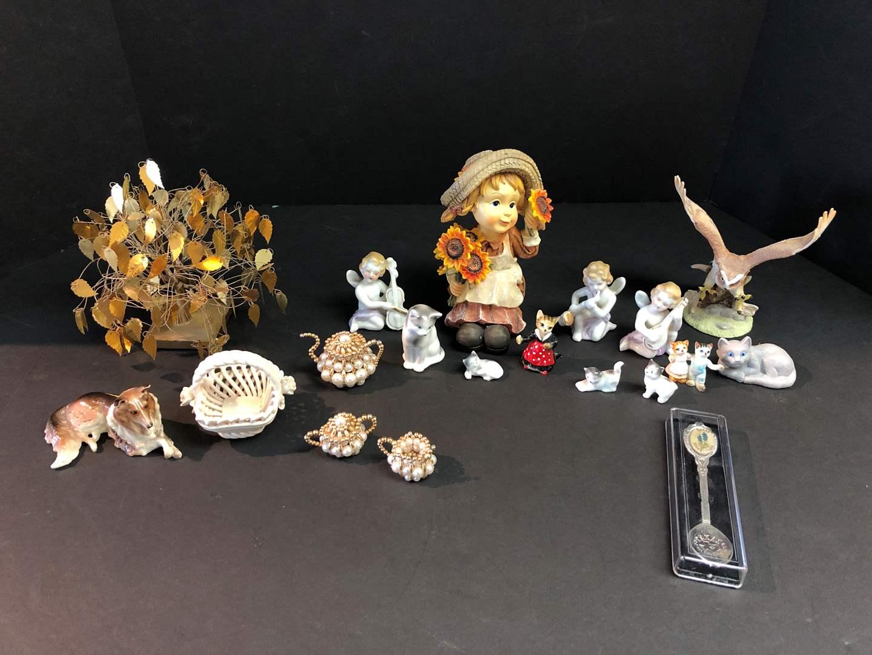 Lot # 189 - Figurines, Texas Spoon & More..  (main image)