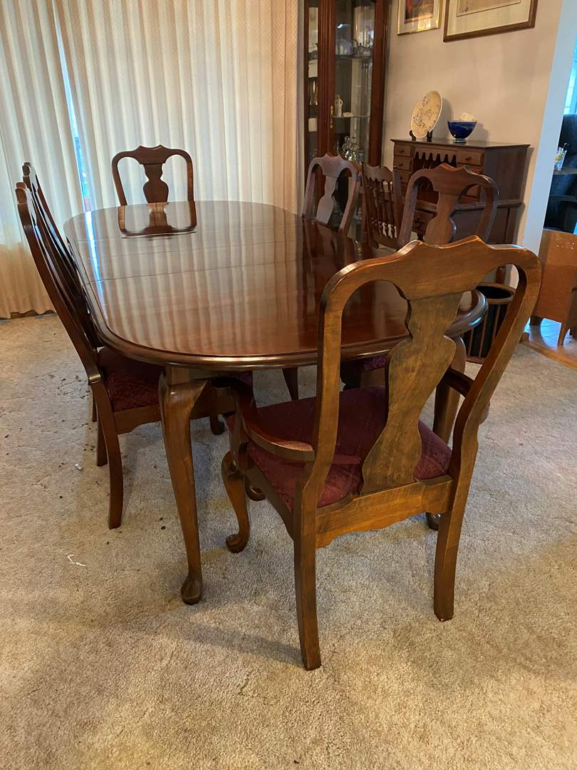 """Lot # 1 - Vintage Cherrywood Dining Room Table w/ Six Chairs & Two 12"""" Leaves (main image)"""
