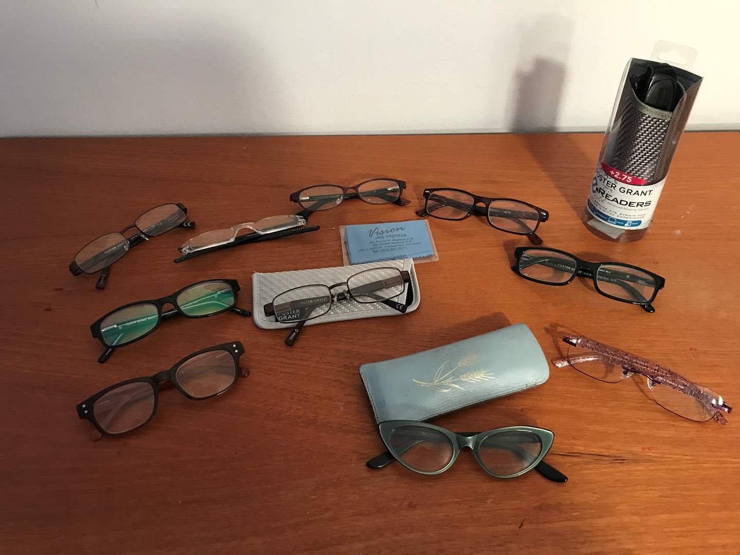 Lot # 78 - Small Selection of Reading Glasses  (main image)