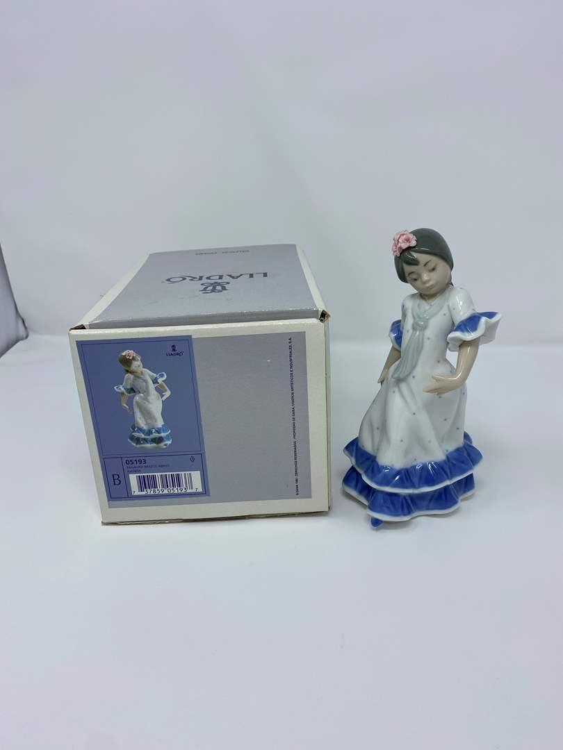 """Lot # 17 - """"Lladro"""" #05193 Juanita Spanish Girl Dancing w/Box  (main image)"""