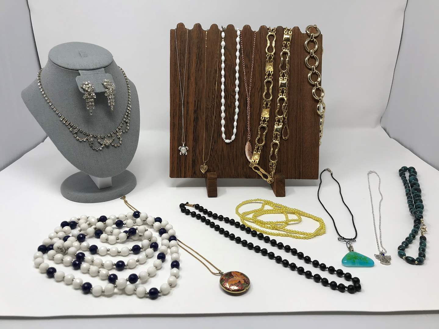Lot # 220 - Necklaces of Various Sizes & Lengths, Beads, Metal & Vintage Rhinestone Earrings (main image)
