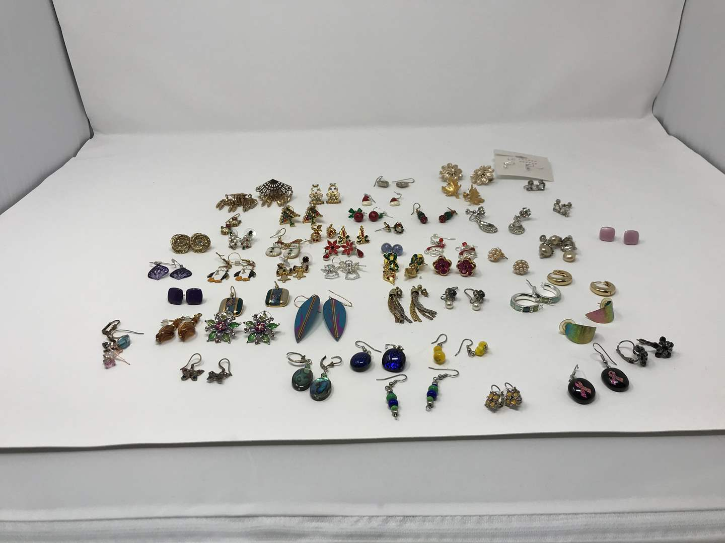 Lot # 215 - Nice Selection of Earrings, Some Misc. Bogoff (main image)
