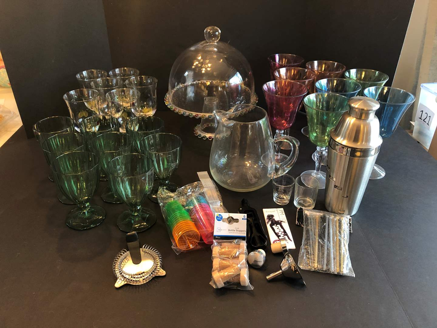 Lot # 133 - Selection of Glass & Stemware, Cute Glass Cake Stand & Bar Items (main image)