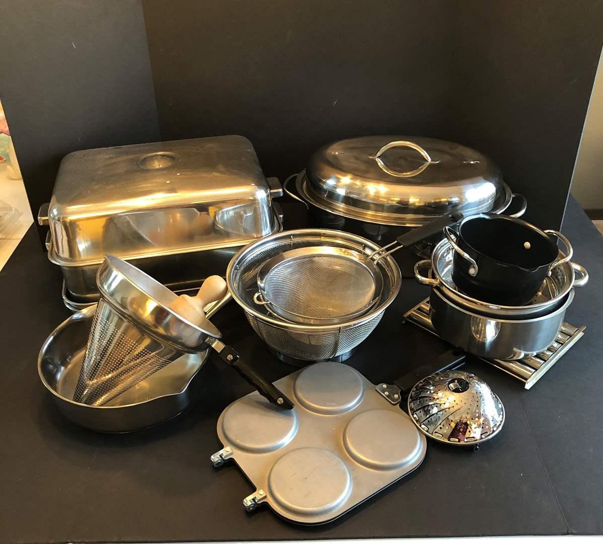 Lot # 134 - Roasting Pans, Strainers, Few Pots & Pans (main image)
