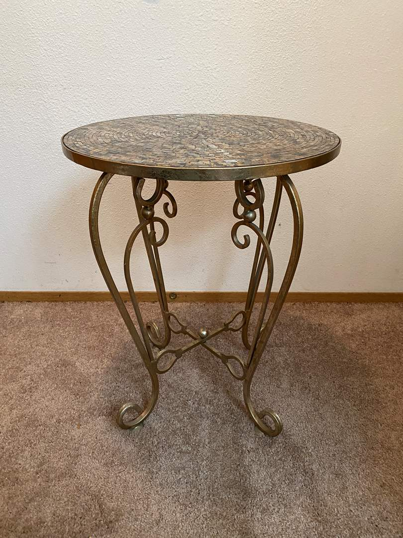Lot # 29 - Nice Metal Side Table From Pier-1-Imports (main image)