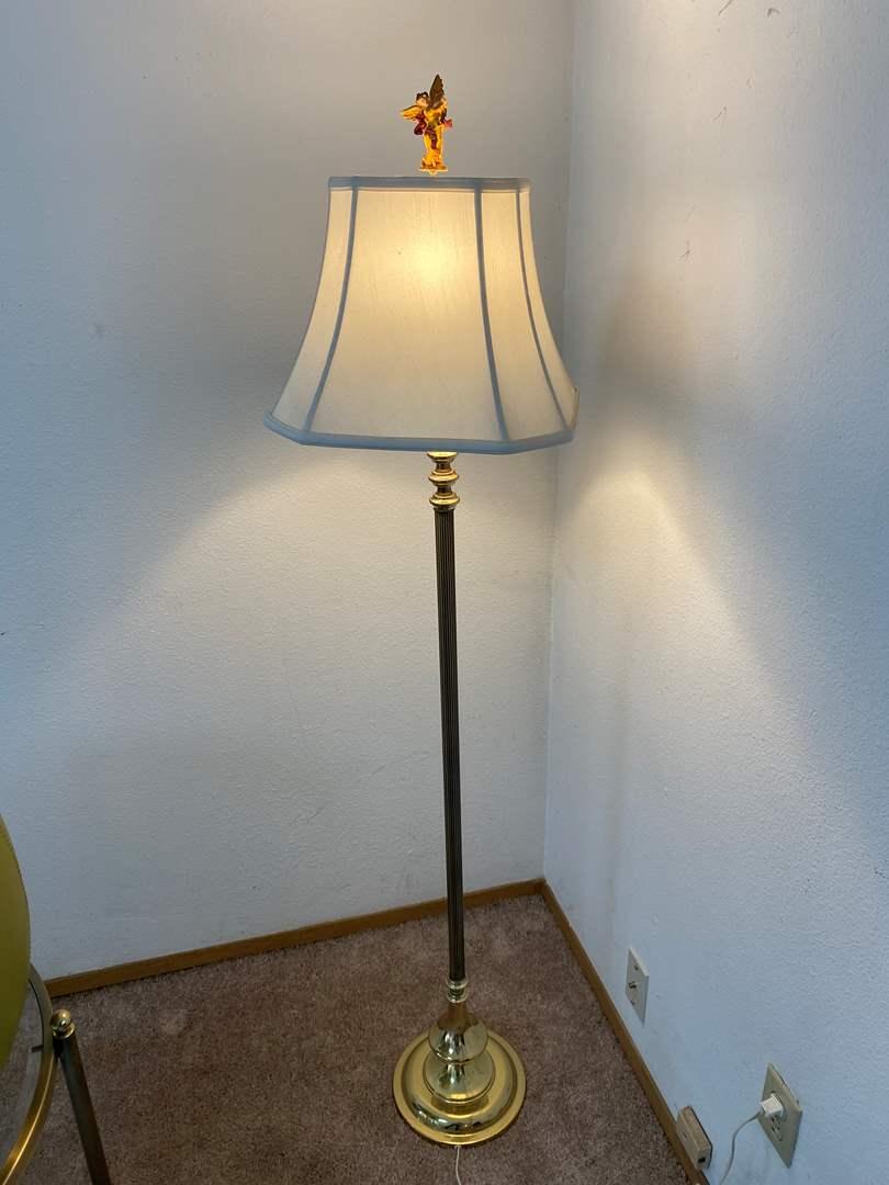 "Lot # 32 - Metal Floor Lamp - Works - 59"" Tall  (main image)"