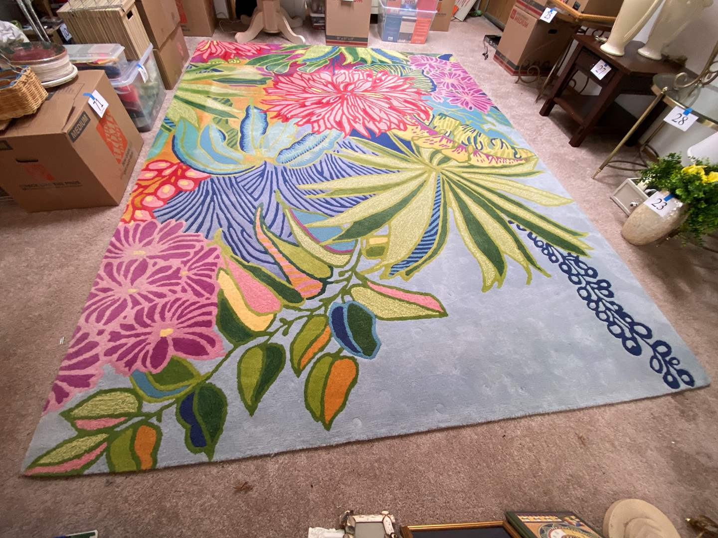 "Lot # 34 - Vibrant Wool Floral ""Good Weave"" Area Rug - 8' x 11'  (main image)"