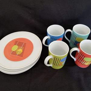 Lot # 6 - Set of 4 Luncheon/Snack Plates and Mugs ( Made in Italy); Susan Eslick's Post Modern art design