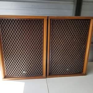 Lot # 11 - Vtg Sansui SP-3500 Speakers