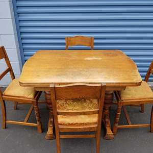 Lot # 35 - Vintage Country Style Wood Dinette Table and 4 Chairs
