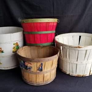 Lot # 63 - 4 Garden Baskets / Buckets