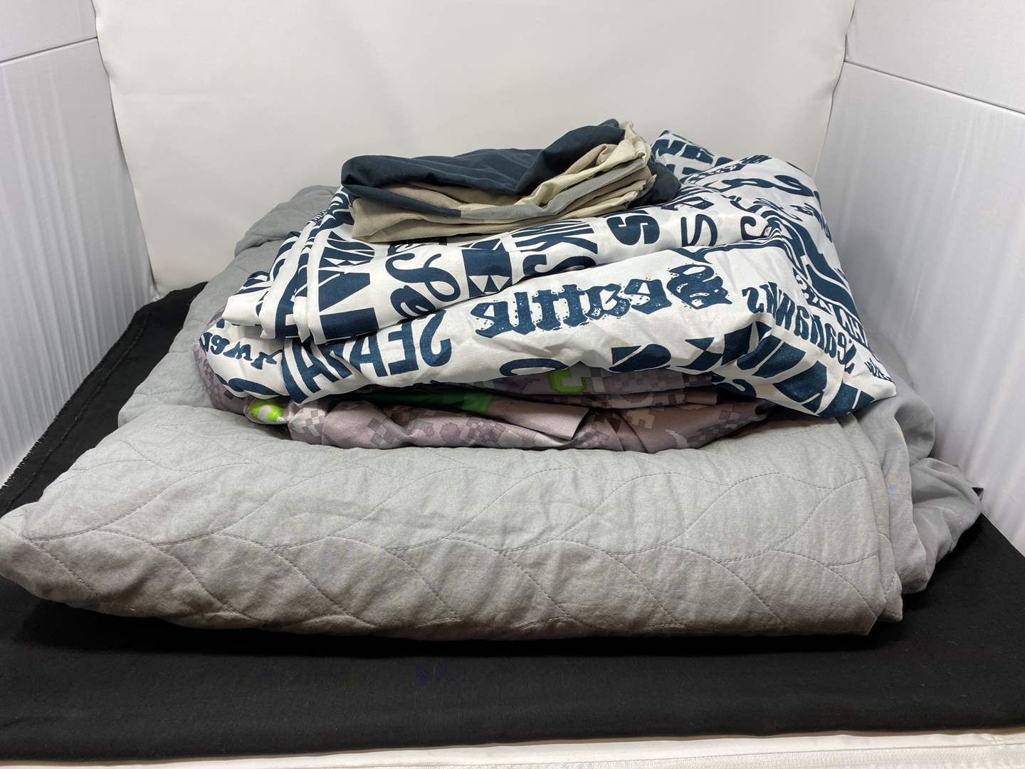 Lot # 34 - Lightly Used Quilted Duvet Cover, Full Size Seahawks Sheet Set, Full Size Minecraft Sheet Set (main image)