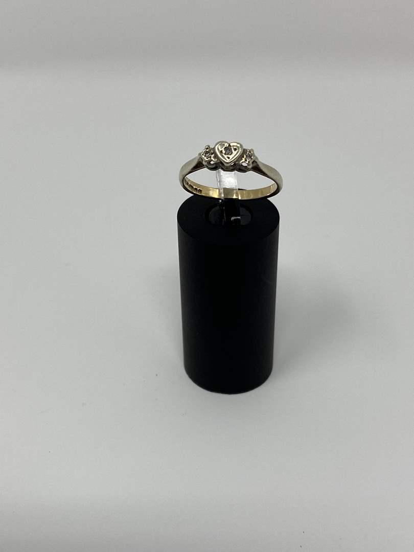 "Lot # 95 - Gold Ring - (Stamped ""375"" - 2.10 Grams). (main image)"