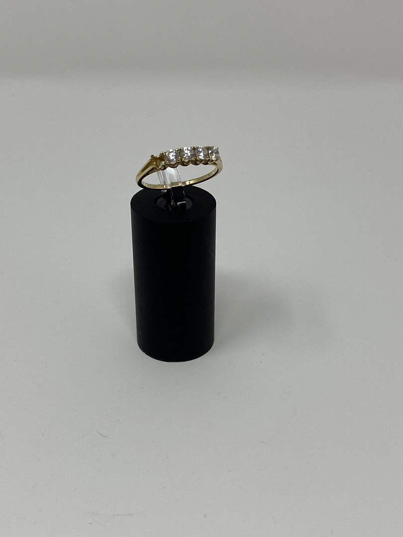 Lot # 101 - 10k Gold Ring w/ CZ - (Stamped & Tested - 1.92 Grams). (main image)