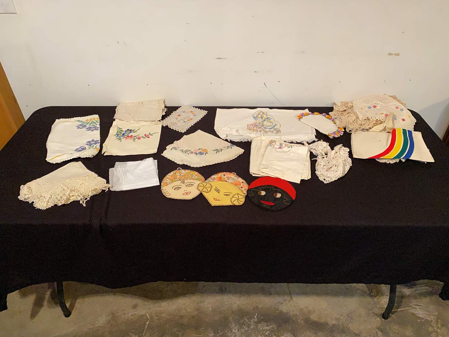 Lot # 149 - Selection of Vintage Cross-stitch Items & Doilies. (main image)