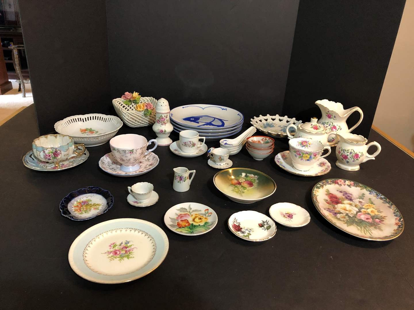 Lot # 72 - Selection of Tea Cups & Saucers of Various Sizes, Decorative Plates & More..  (main image)