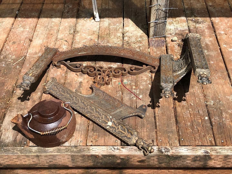 Lot # 256 - Cast Iron Fireplace Frame & Kettle (main image)